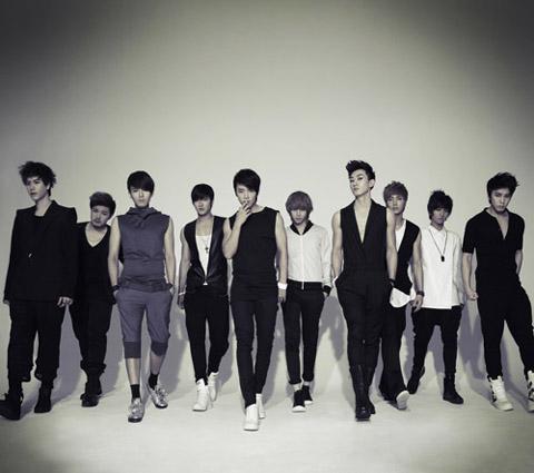 Super Junior Gana el premio a la Mejor Banda de K-Pop 2010!!!! 20101117