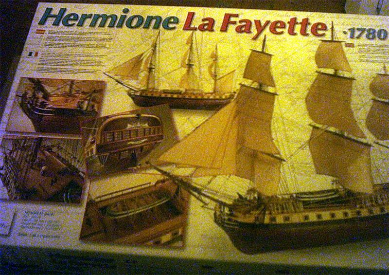 Hermione La Fayette 1780 / Artesania Latina Karton10
