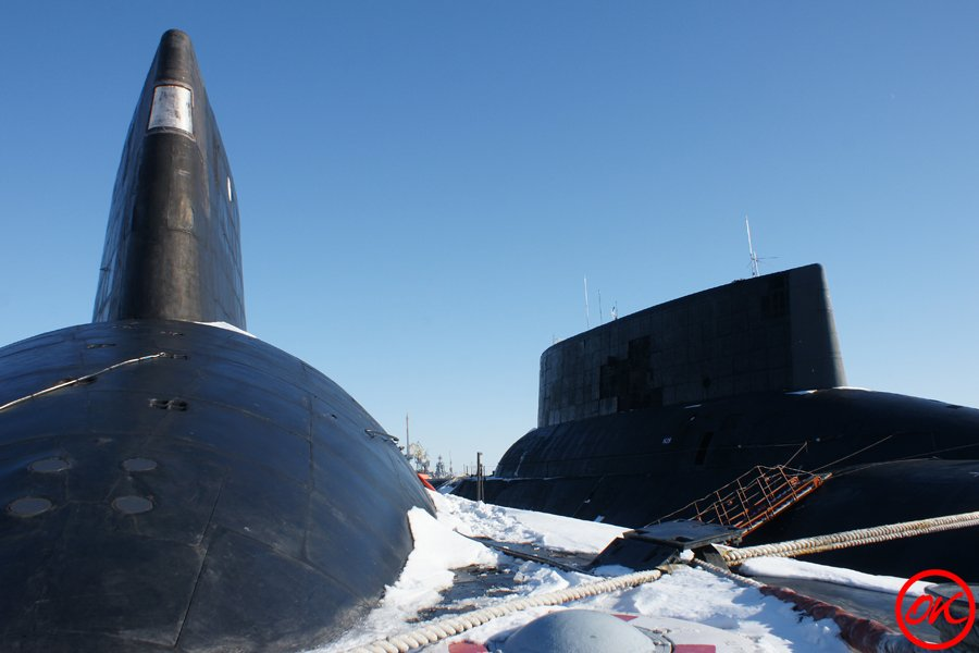 Les sous-marins Typhoon Fd98be10