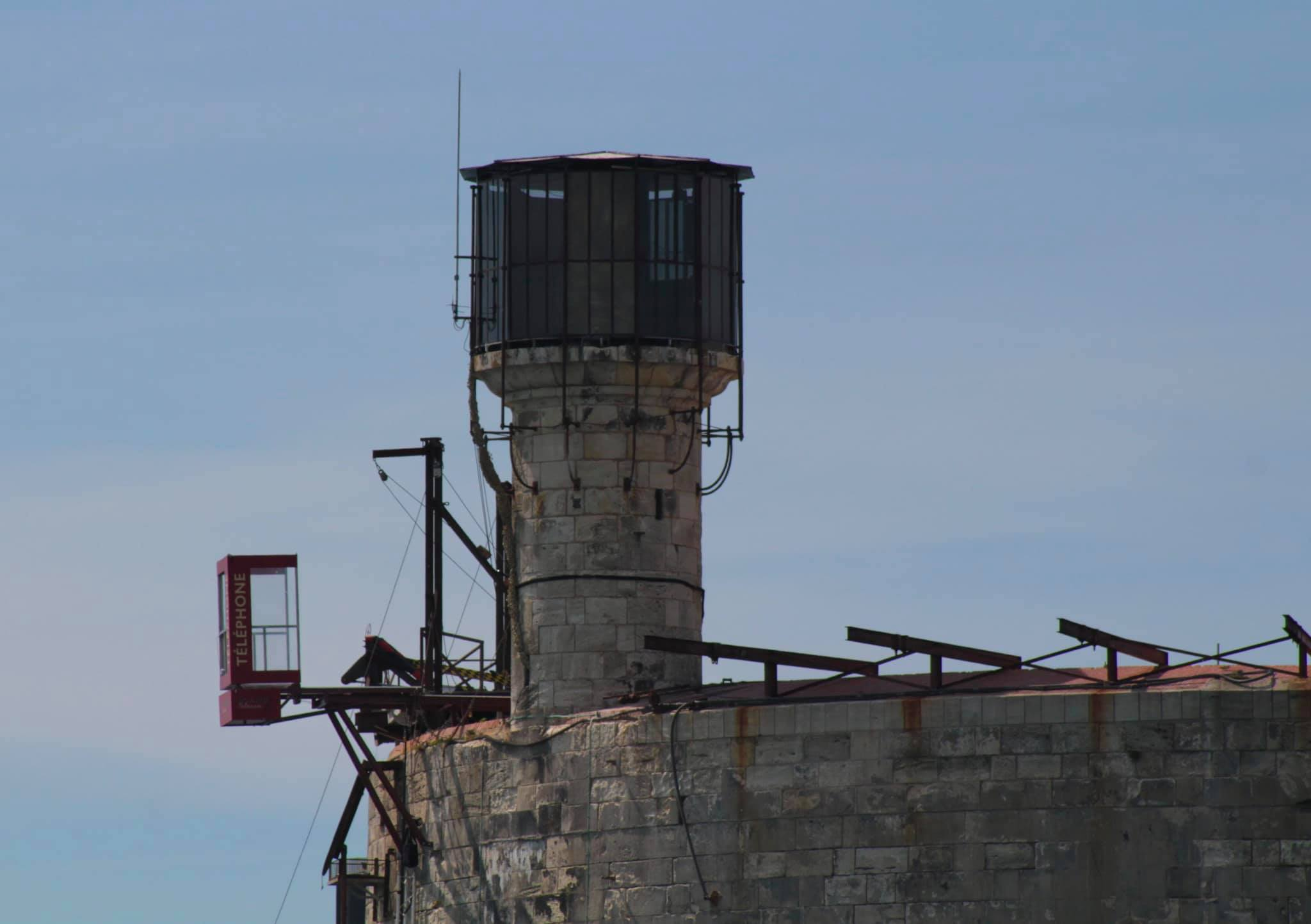 Photos des tournages Fort Boyard 2021 (production + candidats) - Page 6 18332110