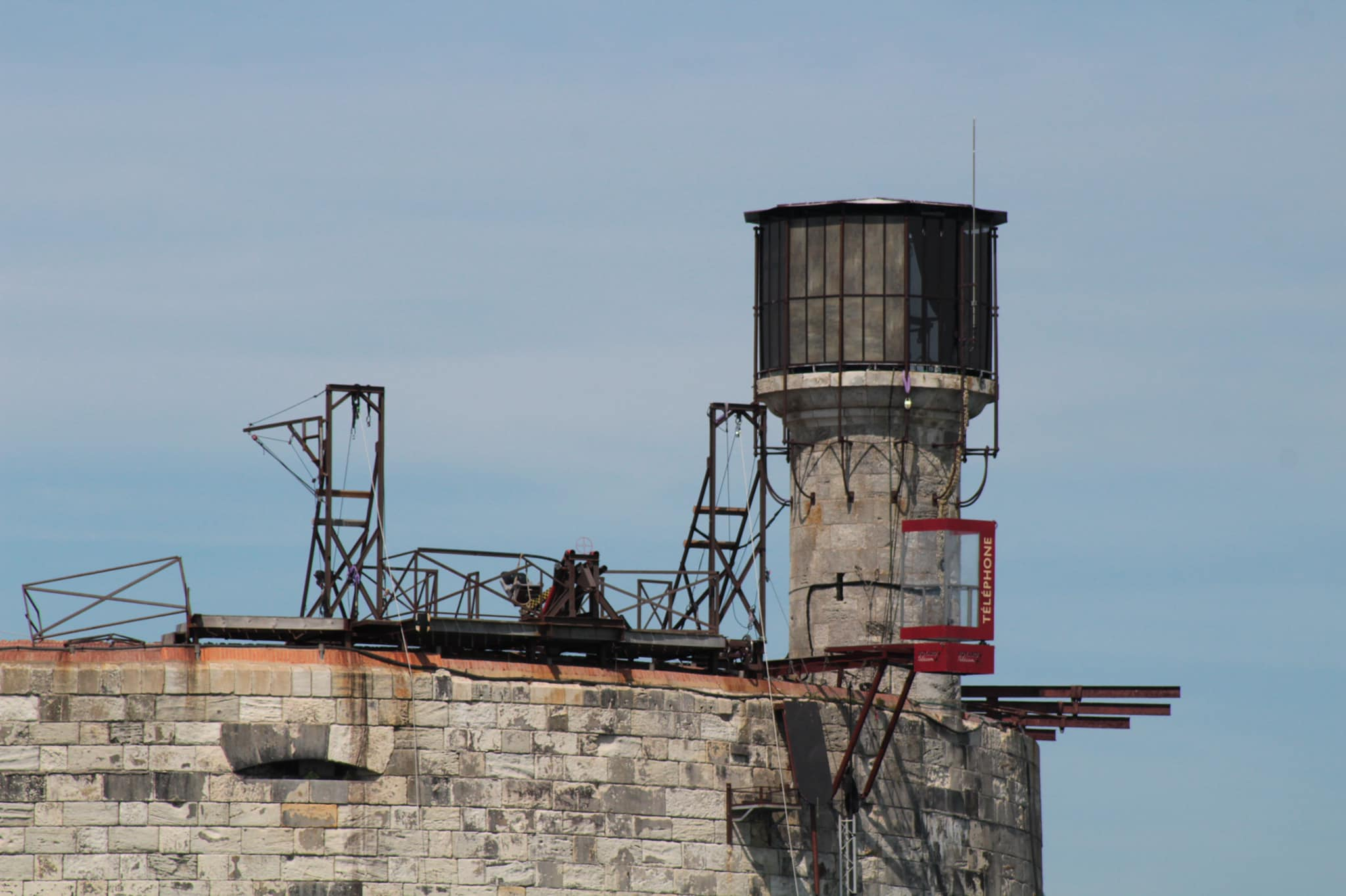 Photos des tournages Fort Boyard 2021 (production + candidats) - Page 6 18334010