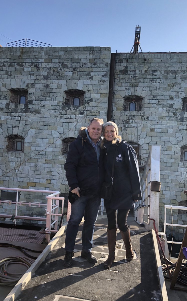 Photos des tournages de Fort Boyard 2019 (production + candidats) D2qn5z12