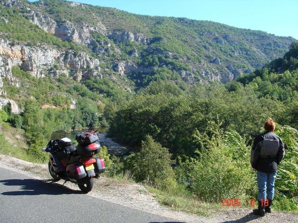Vos plus belles photos de moto - Page 3 3211
