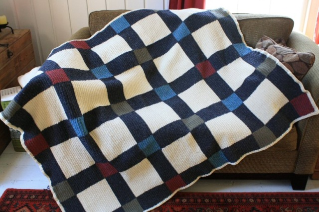 Crocheted throw, finished at last Img_3811