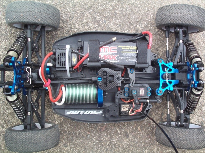 Mon projet Buggy 1/8 Asso RC8BE - Page 3 Pict0016