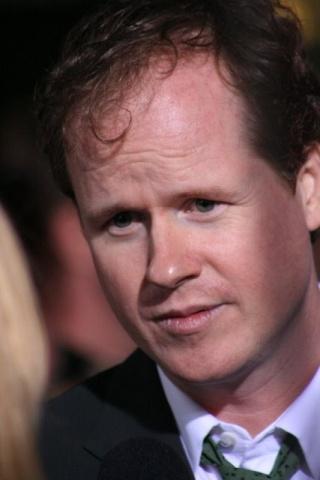 Whedon abatido por la nueva película de Buffy  Joss_w10