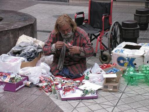La misere s'installe-t-elle en Europe? Sdf-mi10