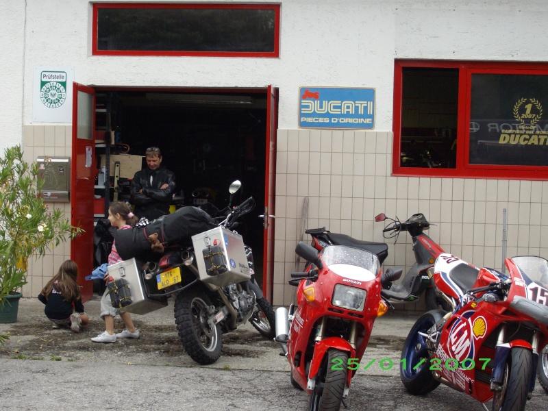 Vos plus belles photos de motos - Page 3 353_1710