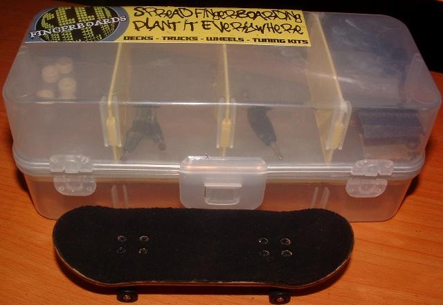 post your fingerboard case/box - Page 8 Dscf0610