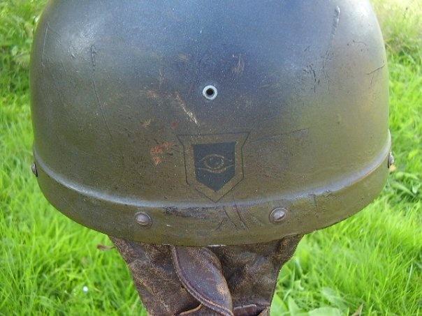WW II Canadian Helmets Drh_bm10