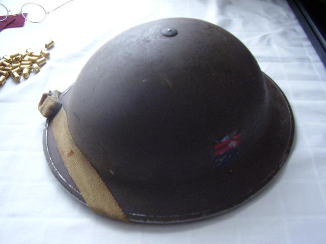 WW II Canadian Helmets Ordona10