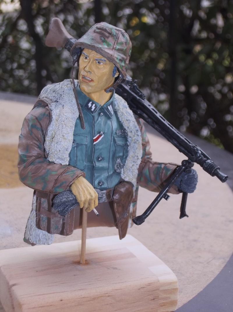 Buste mitrailleur 00410