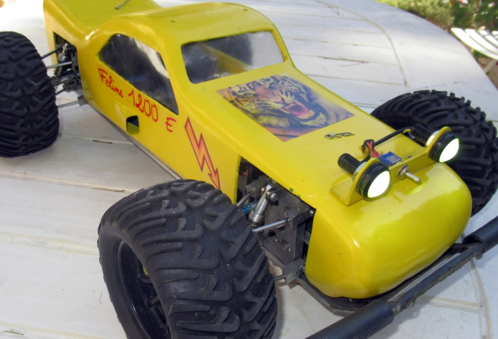 """Une voiture RC home made """"confinement"""" - Page 3 Img_1811"""