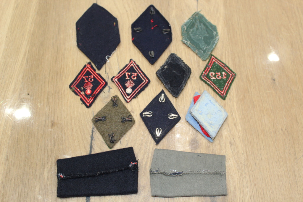 Lot de patchs et losanges Mod 45 + 2 fourreaux d'épaule BAISSE DU PRIX Img_1521