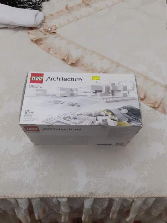 Lego 21050  20200910