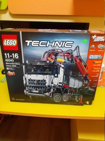 Lego 42043  fondo di magazzino 20201022