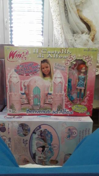 winx castello di alfea edizione  speciale con bambola anno 2007 rarissima Img-2025