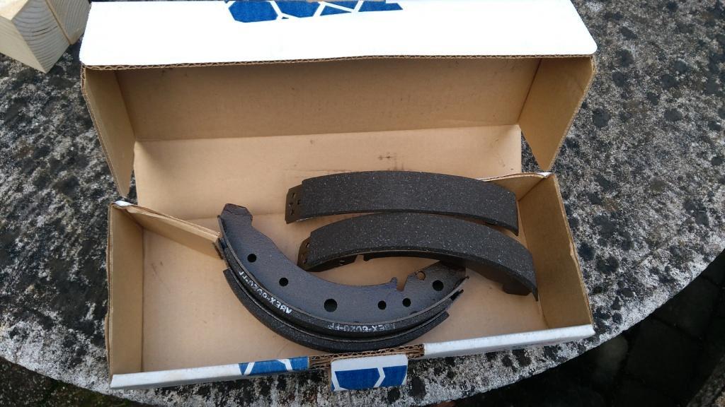 Vds garnitures de frein arrière 58 à 64 Img_2024