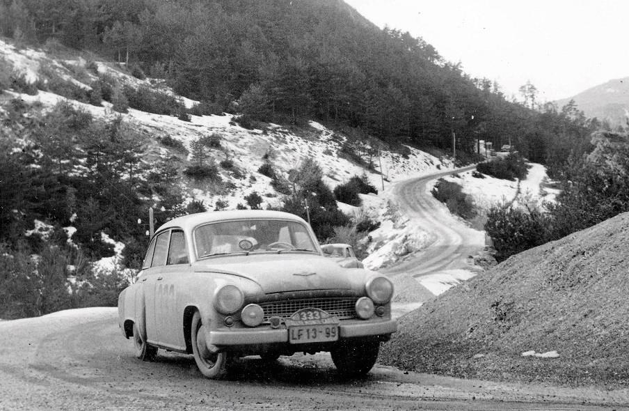 En attendant le Rallye Monte-Carlo Historique 2019 - Page 18 15340110