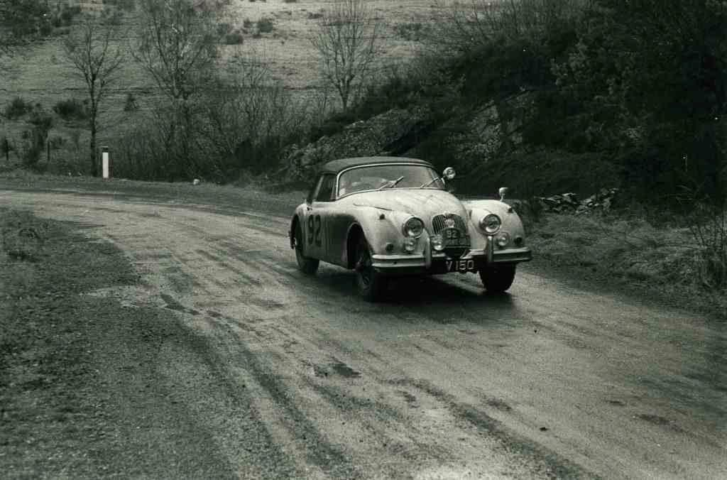 En attendant le Rallye Monte-Carlo Historique 2019 - Page 18 59_09210