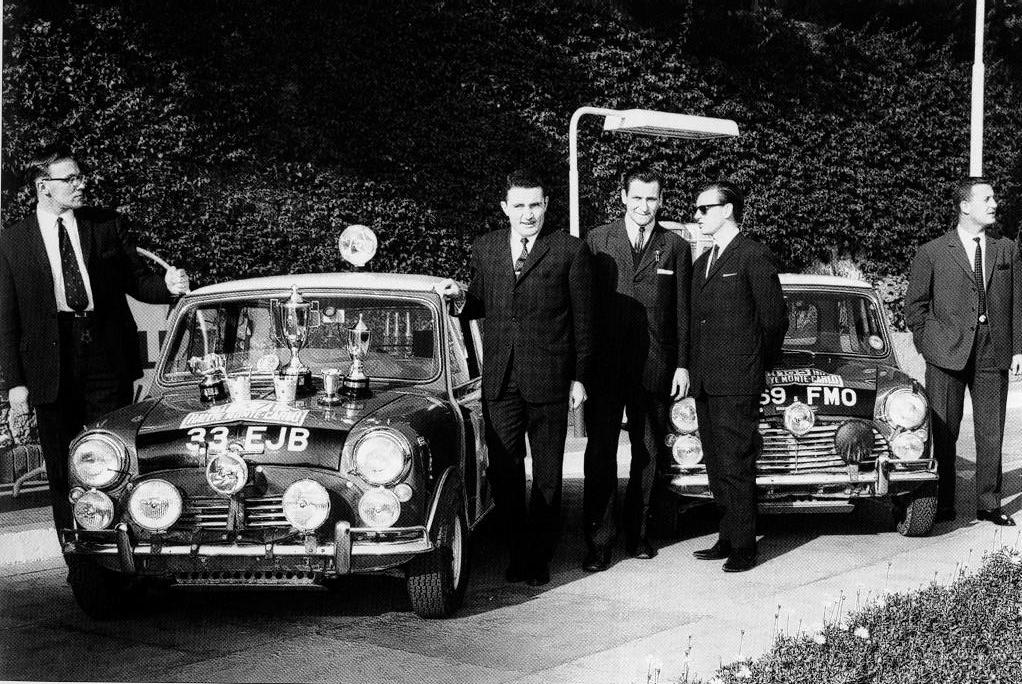 En attendant le Rallye Monte-Carlo Historique 2019 - Page 18 64_03710