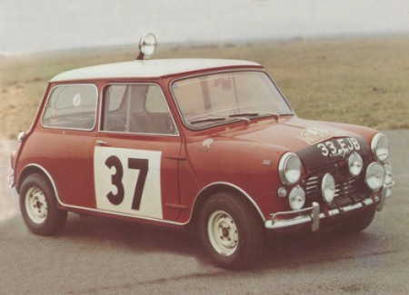 En attendant le Rallye Monte-Carlo Historique 2019 - Page 19 64_03711