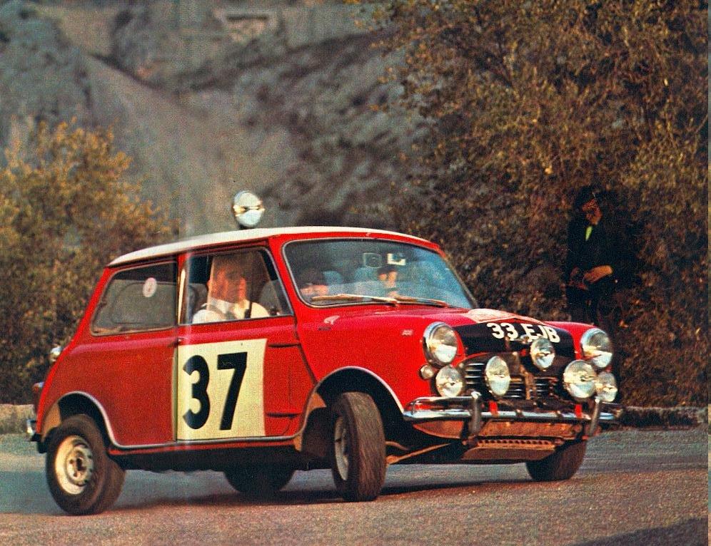 En attendant le Rallye Monte-Carlo Historique 2019 - Page 19 64_03712