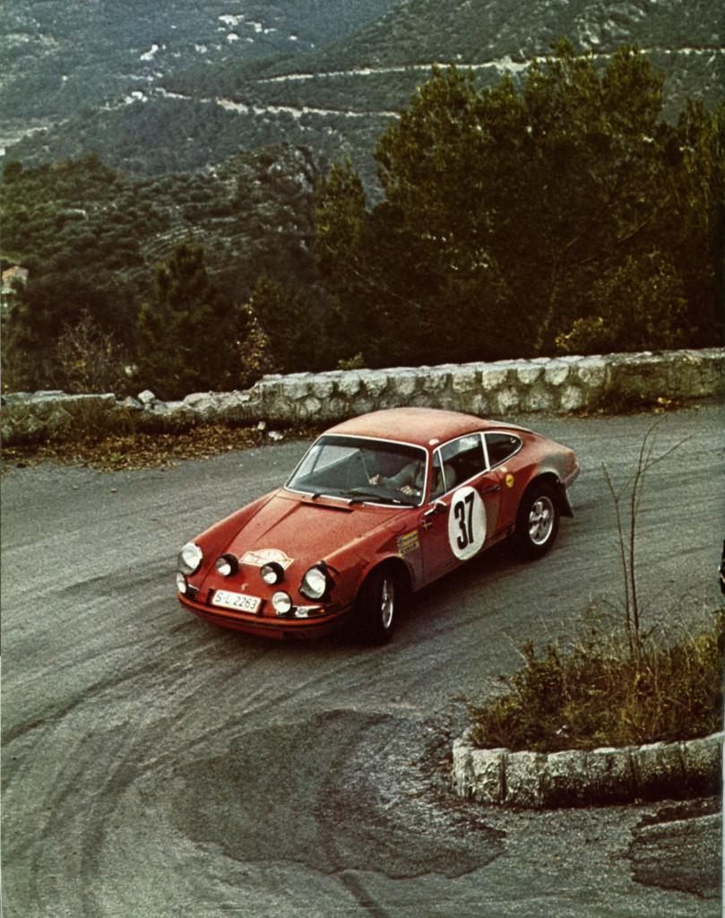 En attendant le Rallye Monte-Carlo Historique 2019 - Page 13 69_03710