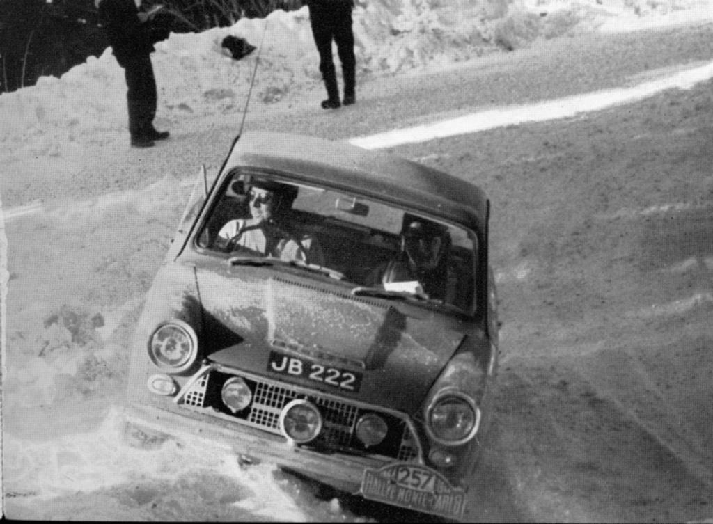 En attendant le Rallye Monte-Carlo Historique 2019 - Page 17 87ce_110