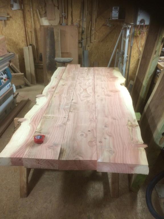 Table en séquoia  1de07610