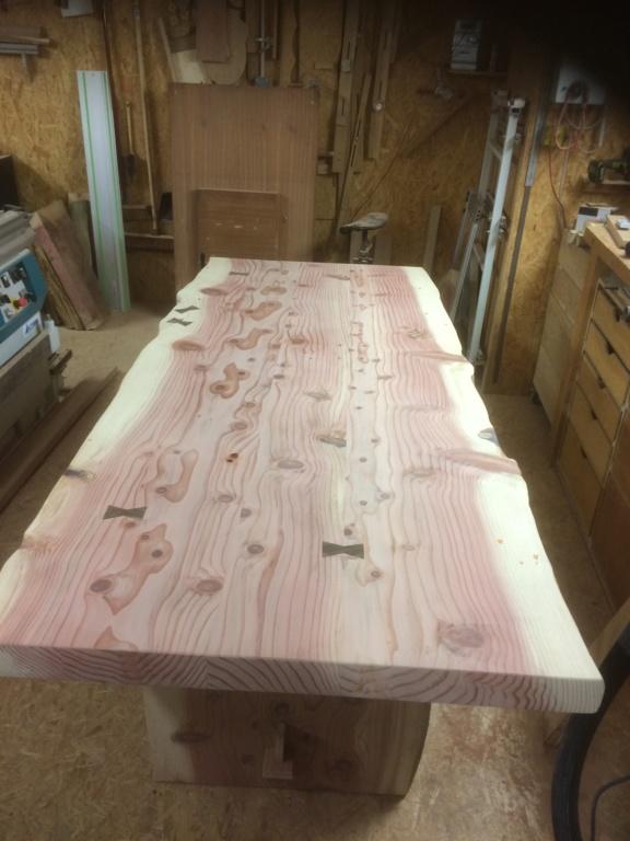 Table en séquoia  259d5a10