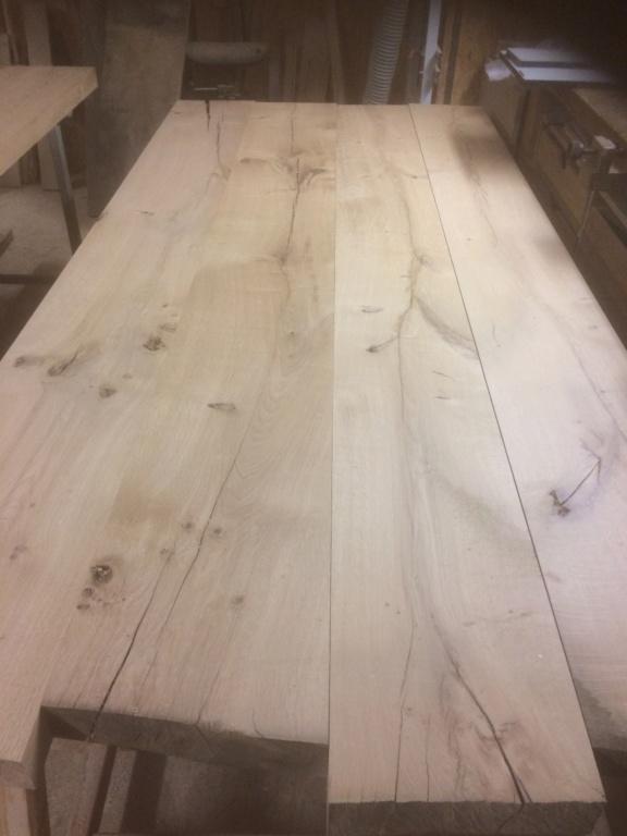 Petite table de salle en chene Dc52b010