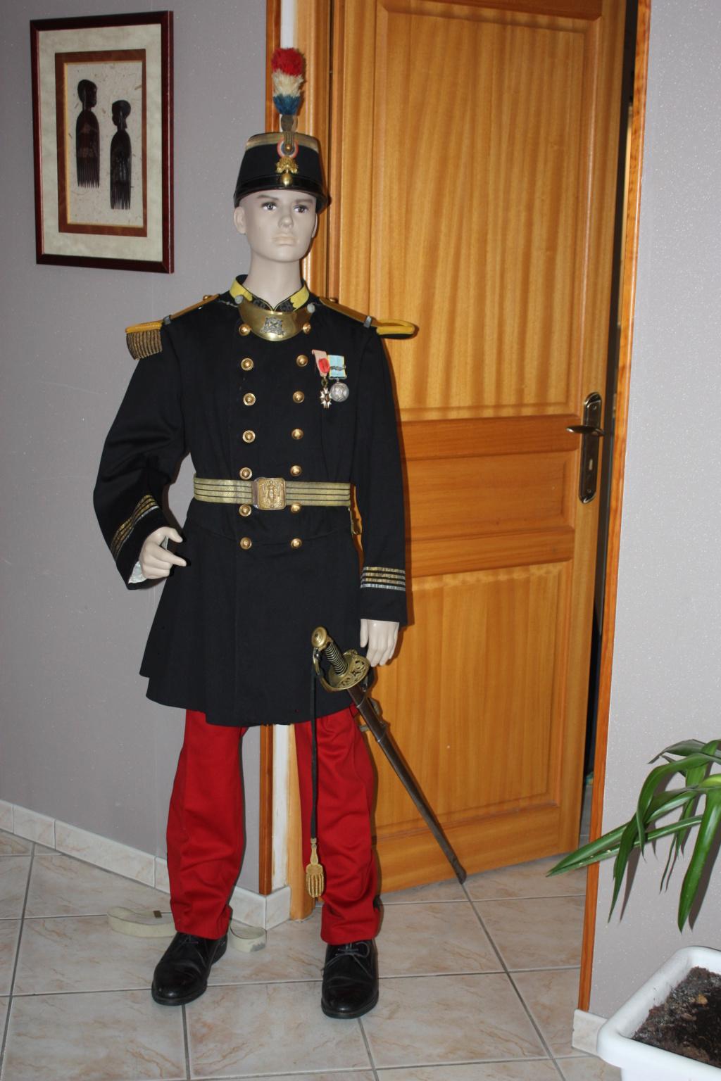 l'uniforme 1872 de mon arrière arrière grand père  - Page 2 Unifor10