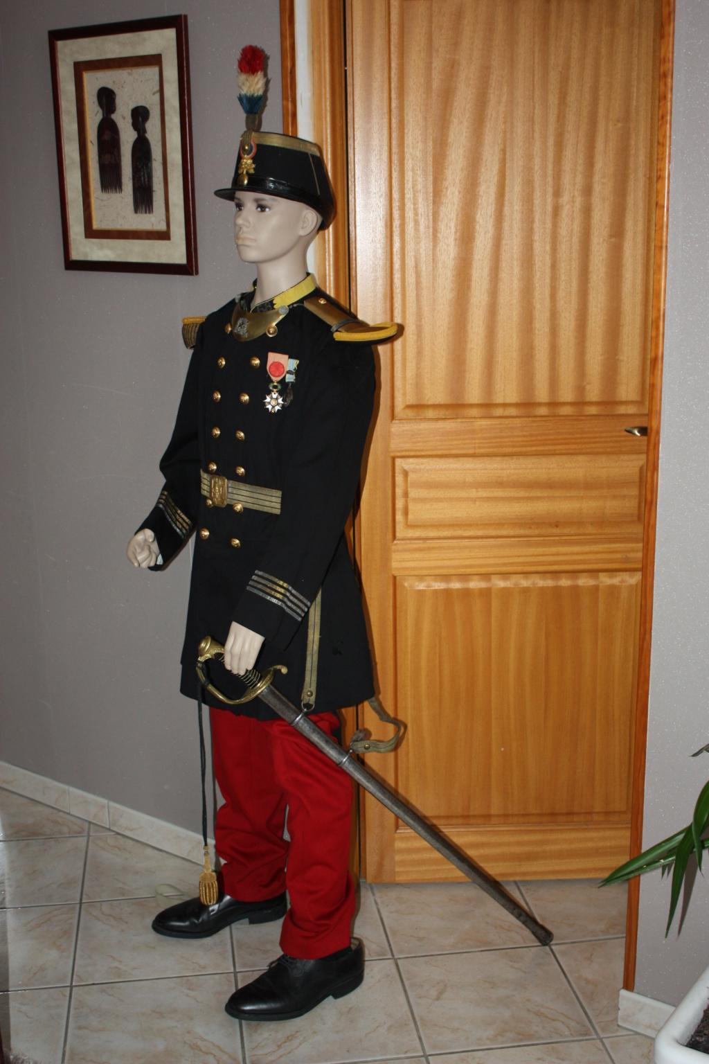 l'uniforme 1872 de mon arrière arrière grand père  - Page 2 Unifor11