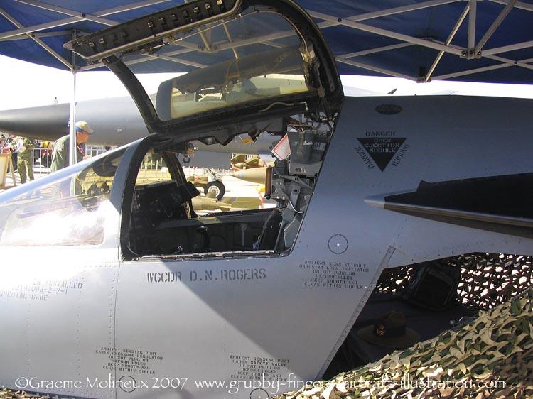 F-111 Aardvark 1/48 HobbyBoss by Mac Pit F-111_11