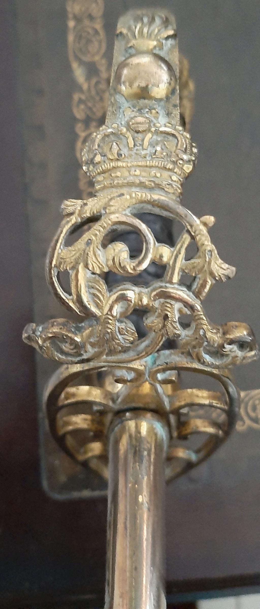 Un sabre réglementaire britannique (modèle 1803) d'officier de grenadiers Swp1_210