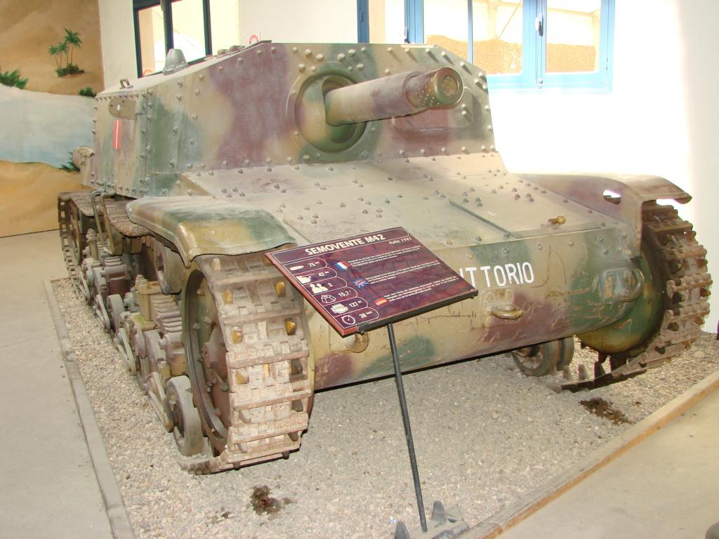 Musée des blindés SAUMUR 21310