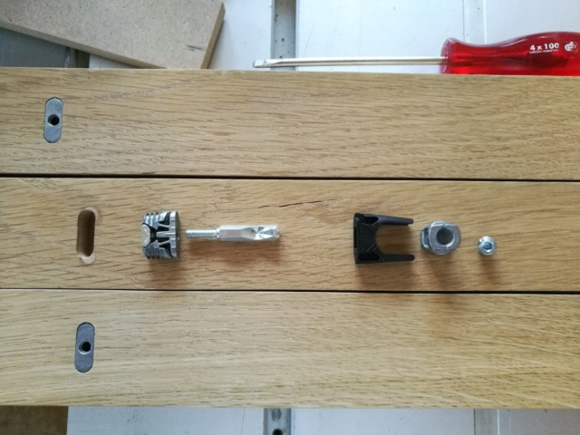 Fabrication d'un meuble TV Img_2042