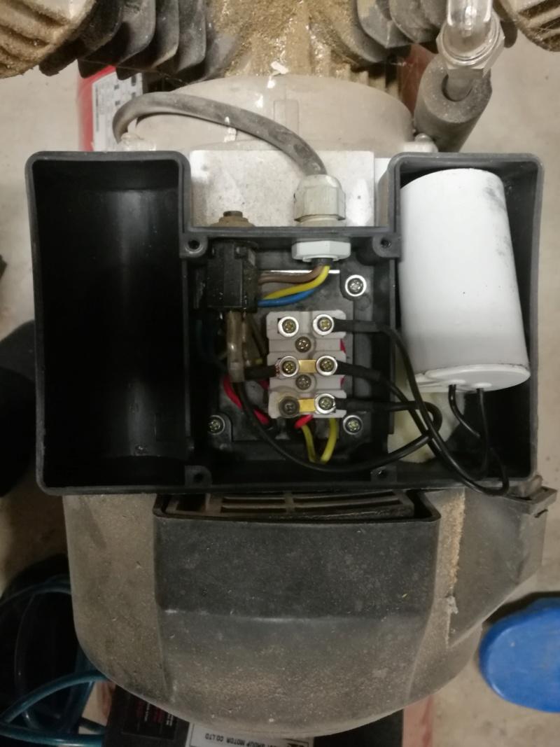 [RESOLU] Condo grillé sur un compresseur Quartz 100L 3CV Img_2055