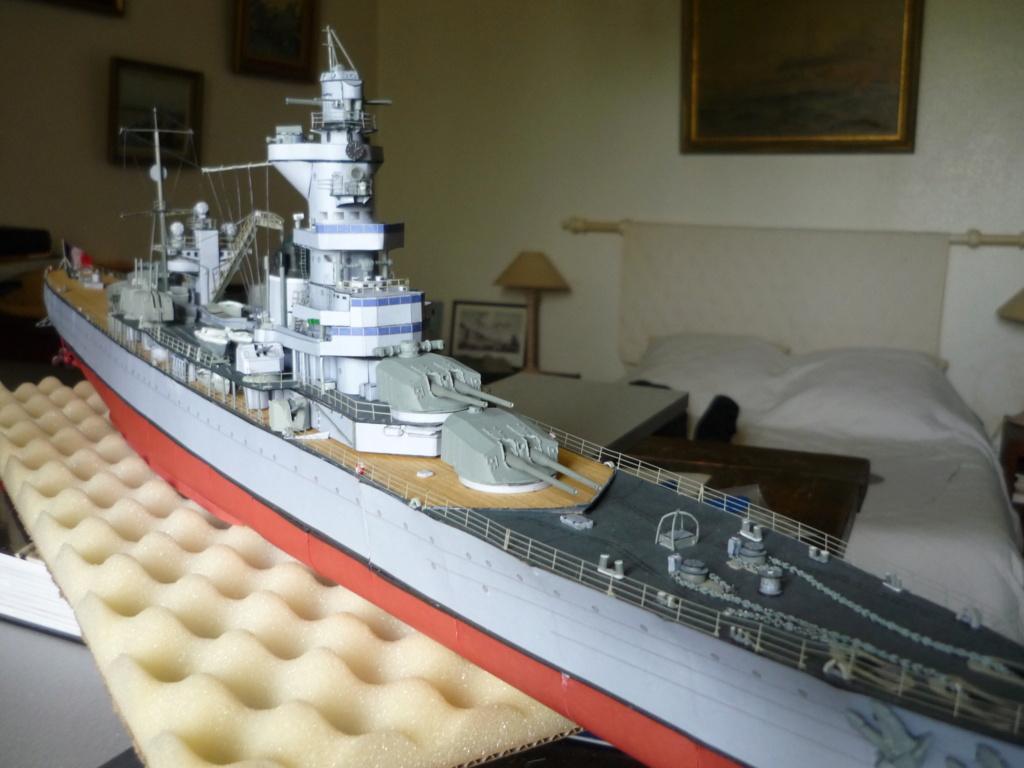 Croiseur de 1ere Classe Algérie P1000758