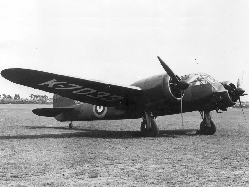 [WW2] bombardiers Bristol Blenheim - SM.79 9b96d510