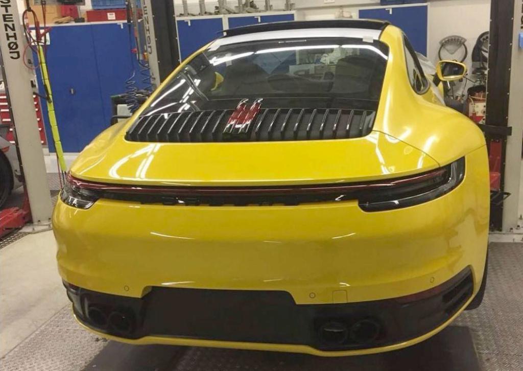 Porsche 992 photos Spysho10