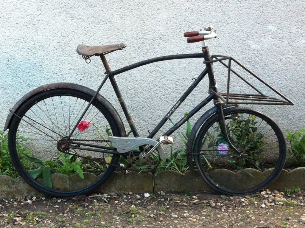 Vélo rouge Porteu10