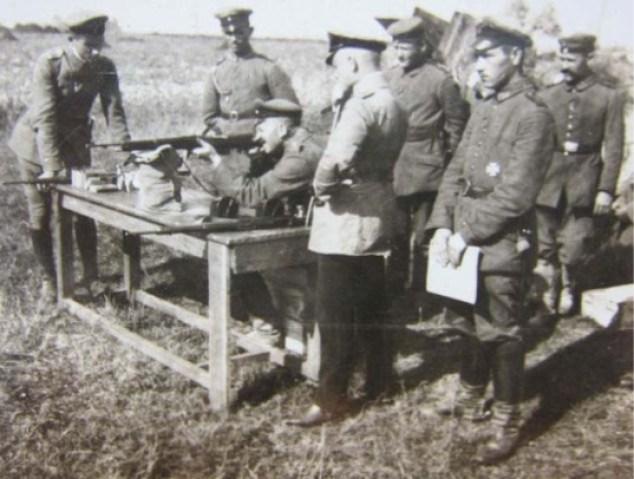Armes des aviateurs allemands ww1  Histor10