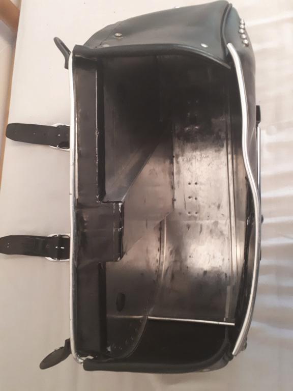 Vends sacoches cuir latérales pour  RK des années 95 20181118