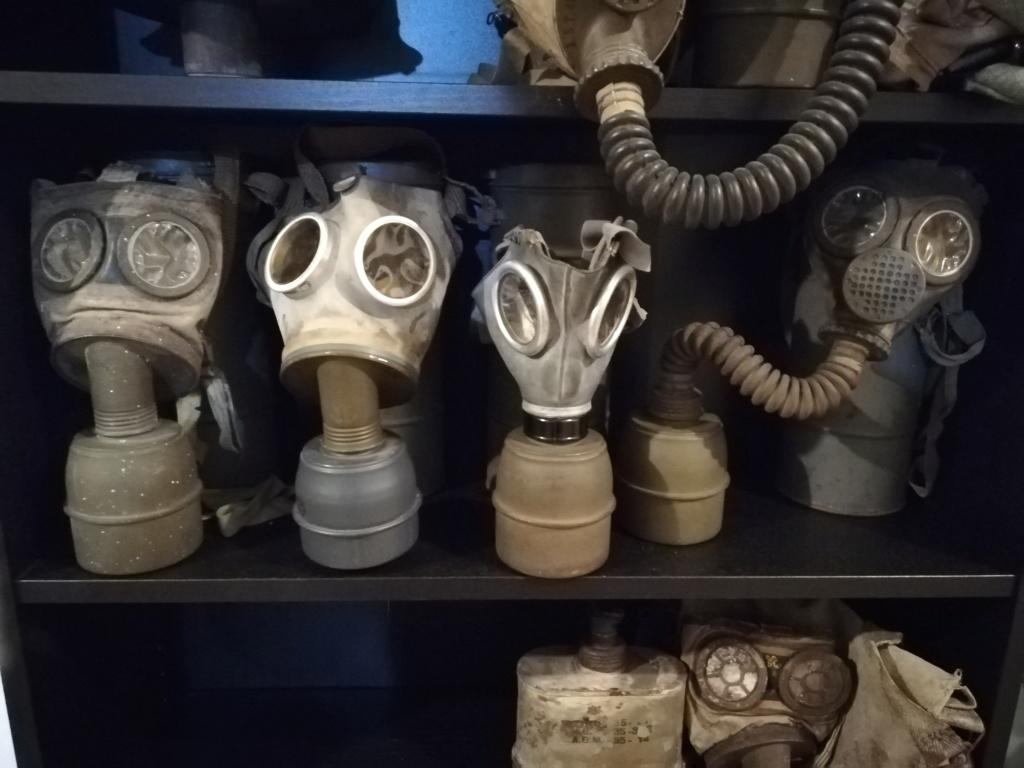 les masques à gaz DP Img_2021