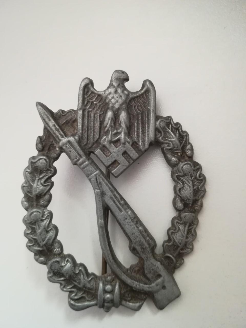 2 badges, infanterie et panzer Thumbn70
