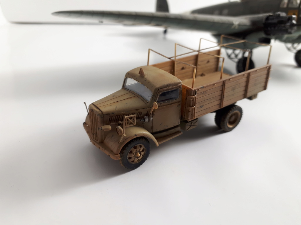 """Hasegawa 1/72---Heinkel He 111 H6 """"TORPEDO BOMBER""""   - Page 10 20180838"""