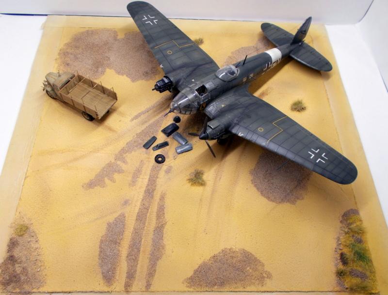"Hasegawa 1/72---Heinkel He 111 H6 ""TORPEDO BOMBER""   - Page 11 Dscn0814"