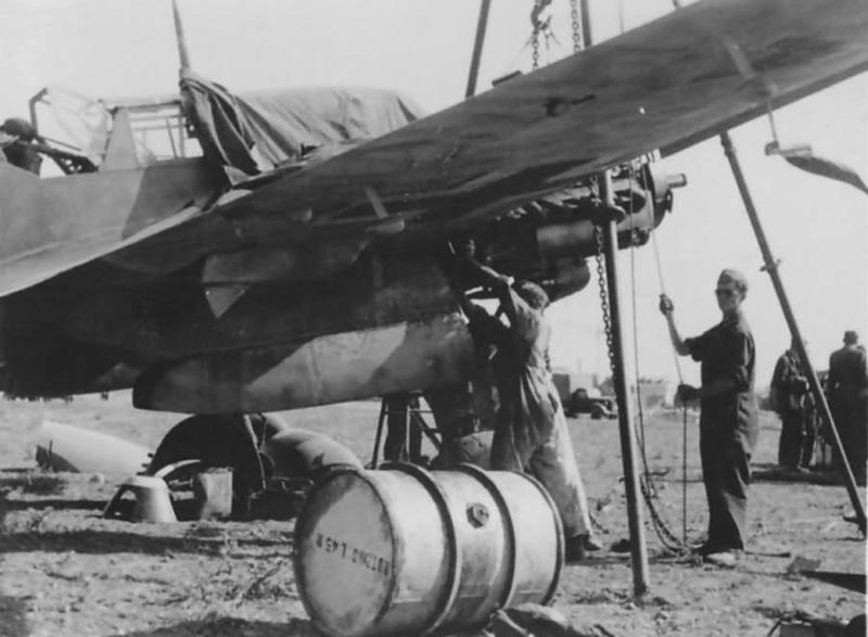 "Hasegawa 1/72---Heinkel He 111 H6 ""TORPEDO BOMBER""   - Page 12 Messer10"